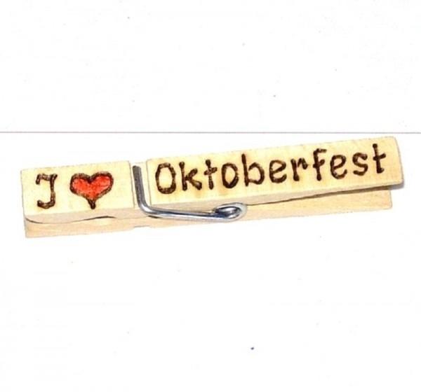 Holzklammer mit Herz u. Spruch I Love Oktoberfest, einseitig