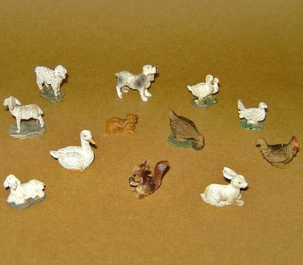 Tierfiguren Set 12-tlg für 5-7er Figuren aus Steinharz
