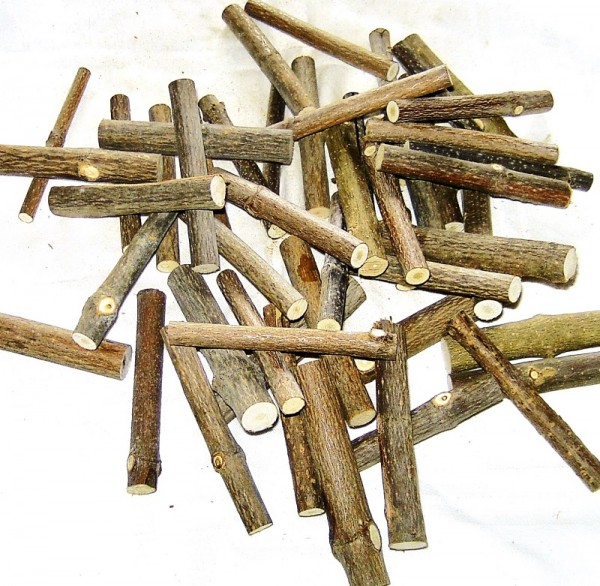 300g Miniatur Holzstämme 8,3cm M1:12 Bastelholz