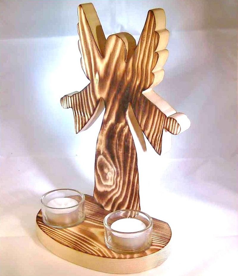 deko engel aus holz beflammt mit 2 teelichter christliches devotionalien festliches. Black Bedroom Furniture Sets. Home Design Ideas