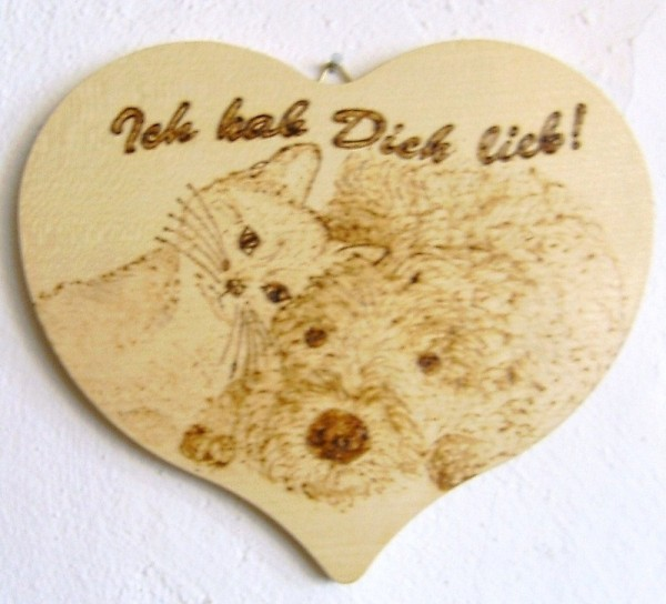 Herzbrett Ahornholz natur 18x15,5cm Brandmalerei Hund und Katze