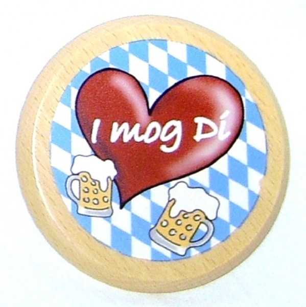 Bayerischer Bierdeckel mit weiß-blauen Rauten und rotem Herz