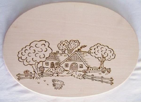 Brotzeitbrett Holz oval 18x26cm, Brandmalerei Motiv Bauernhof