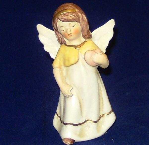 Engel Porzellan stehend 9,5cm mit Herz