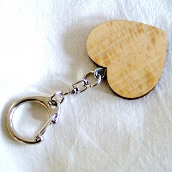 Schlüsselanhänger mit Holzherz 4,3x4cm mit Beschriftung