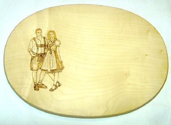 Brotzeitbrett Holz oval 18x26cm Brandmalerei Motiv Trachtenpaar