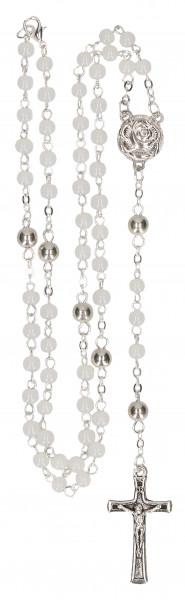 Rosenkranz geknüpft - weiße Glasperlen mit Rose und Kreuz Metall