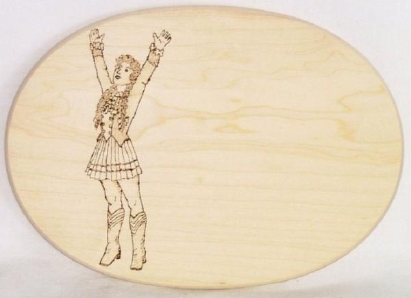 Brotzeitbrett Holz oval 18x26cm Brandmalerei Motiv Mariechen