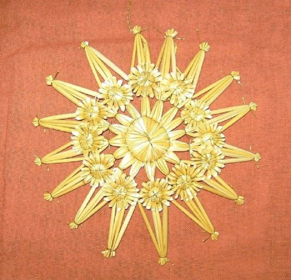 Strohstern 15cm Stern mit Goldfaden, Stroh Baumschmuck
