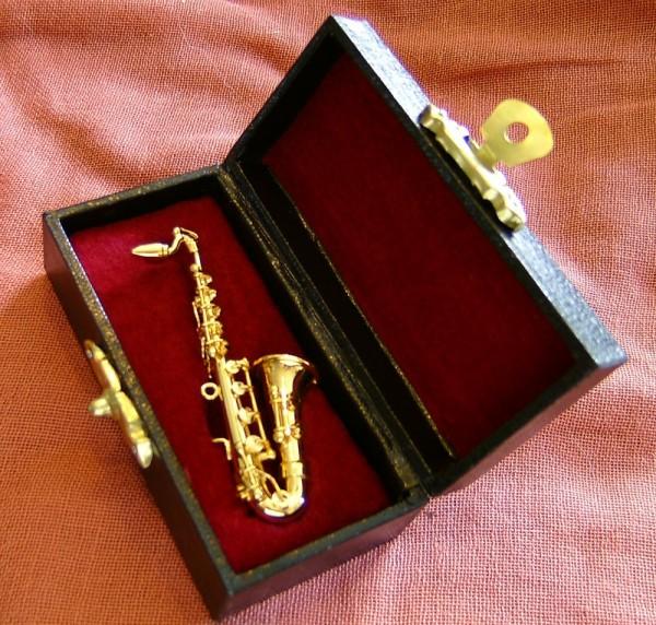 Deko Miniatur Saxophon 8cm, mit Koffer