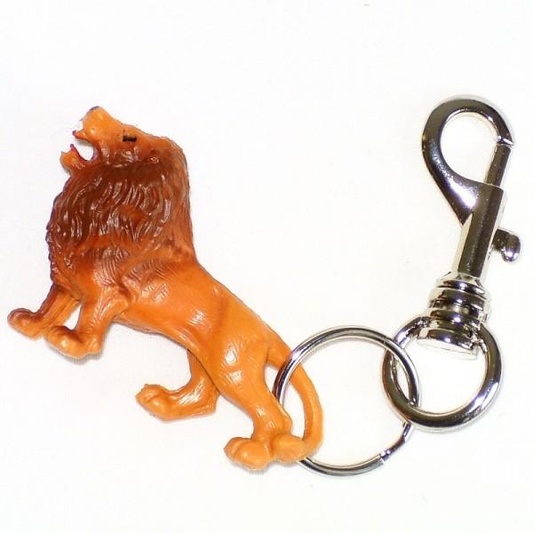 Löwe aus Plastik mit Schlüsselring und Karabinerhaken