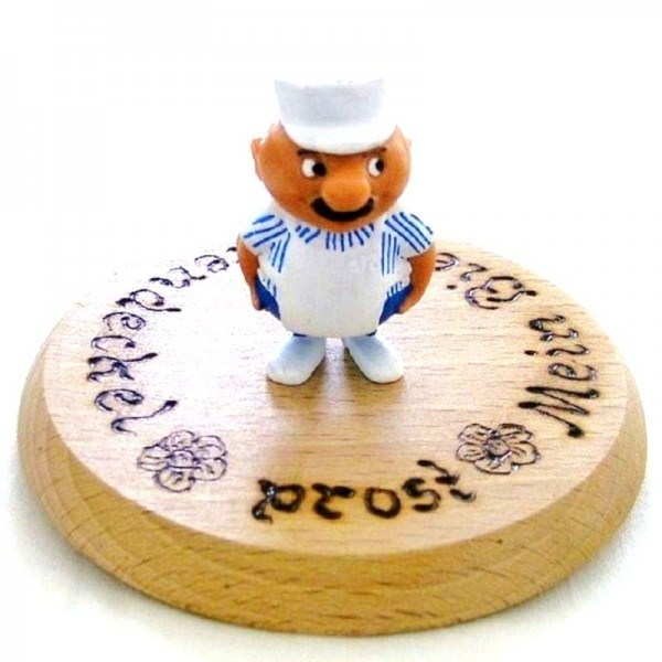 Bierdeckel Holz mit Spruch u. Figur Metzger aus Plastik