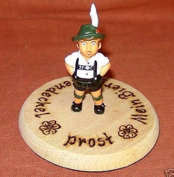 Bierdeckel aus Holz mit Spruch und Figur Toni Plastik