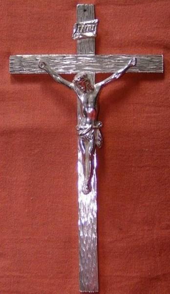 Kreuz aus Zinn mit Korpus, Kommunionkreuz, Devotionalien