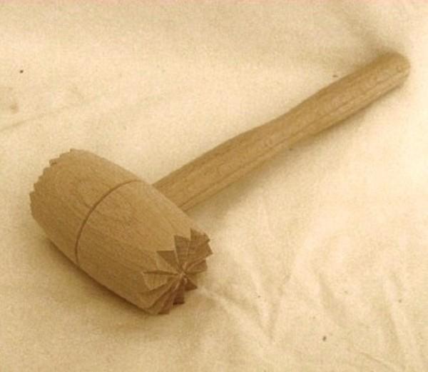Fleischklopfer aus Holz