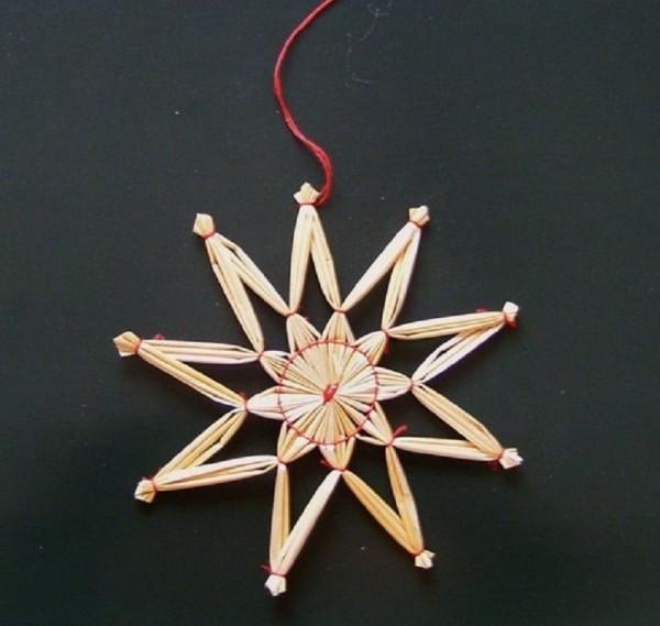 Strohstern 12cm Stern mit rotem Faden Stroh Baumschmuck